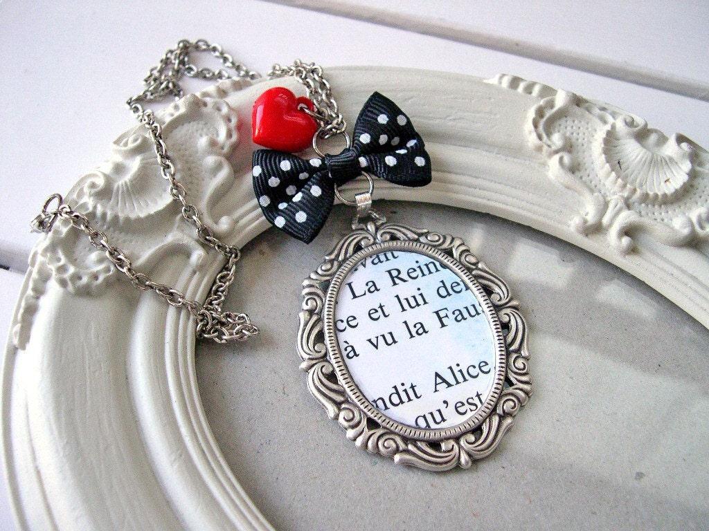 Alice VS the Queen Cute Victorian Necklace