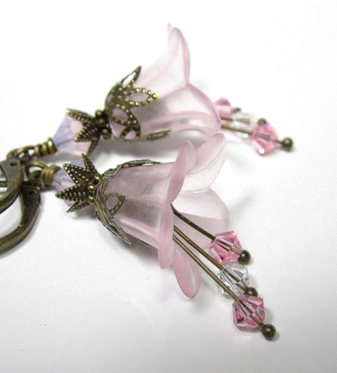 Light Rose Vintage Style Swarovski Flower Earrings