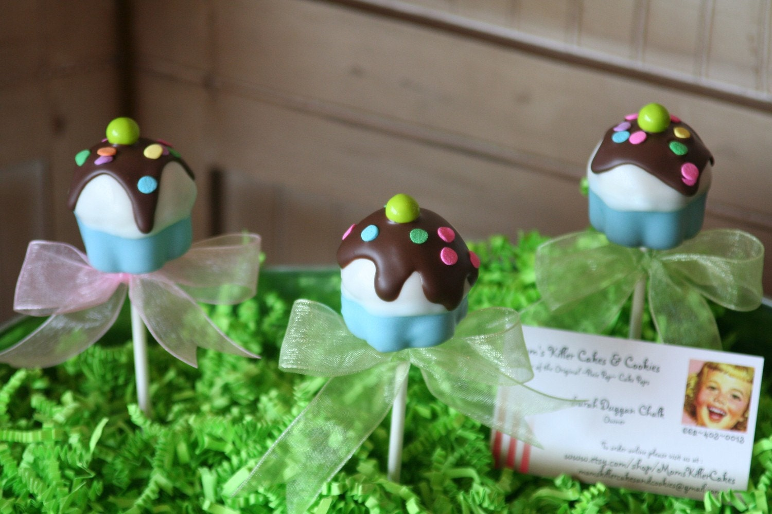 Mom's Killer Cakes & Cookies Original  Design Cupcake Sundae Cake Pops