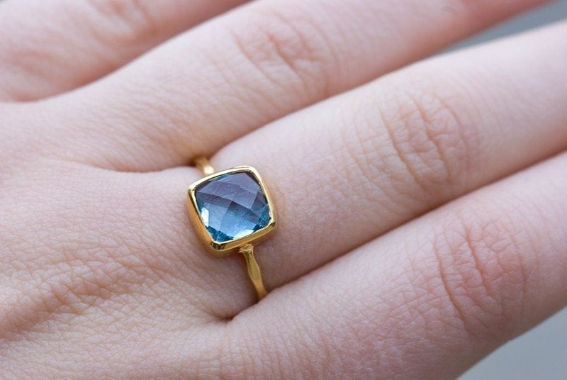 18K Hammered Gold Vermeil and Real Faceted Blue Topaz Ring Size  8