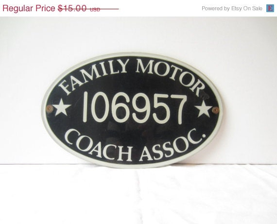 Vintage Family Motor Coach Association Plaque Oval By