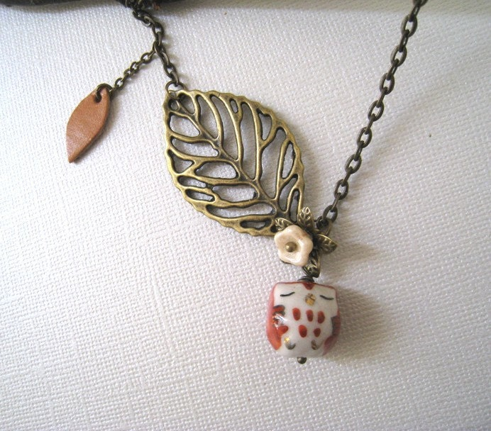 Sleepy Owl and Poetic Leaves Necklace