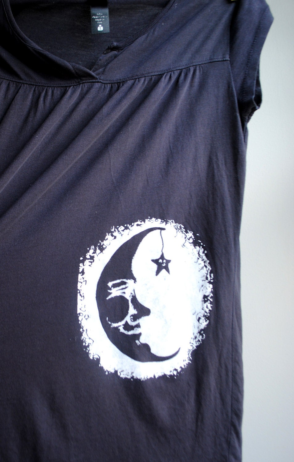 Man in the Moon with Twinkling Star Screen Printed Babydoll Shirt, Charcoal with White Ink, Womens Small