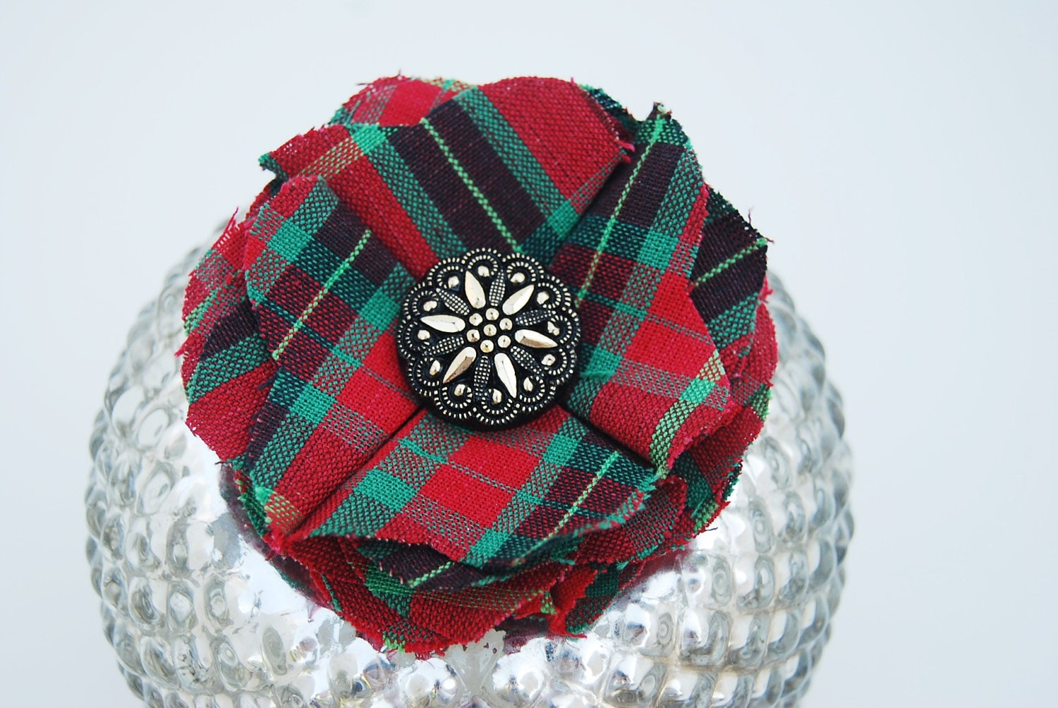 Christmas Tartan Plaid Vintage Button Fabric Flower Pin, Clip, Hair Accessory for Girl, Children