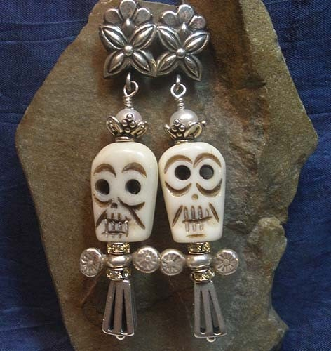 Day of the Dead Halloween Skull Earrings