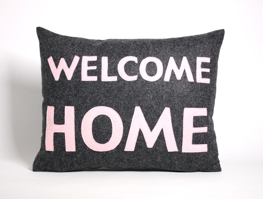 WELCOME HOME 14x18inch recycled felt applique pillow - charcoal and baby pink