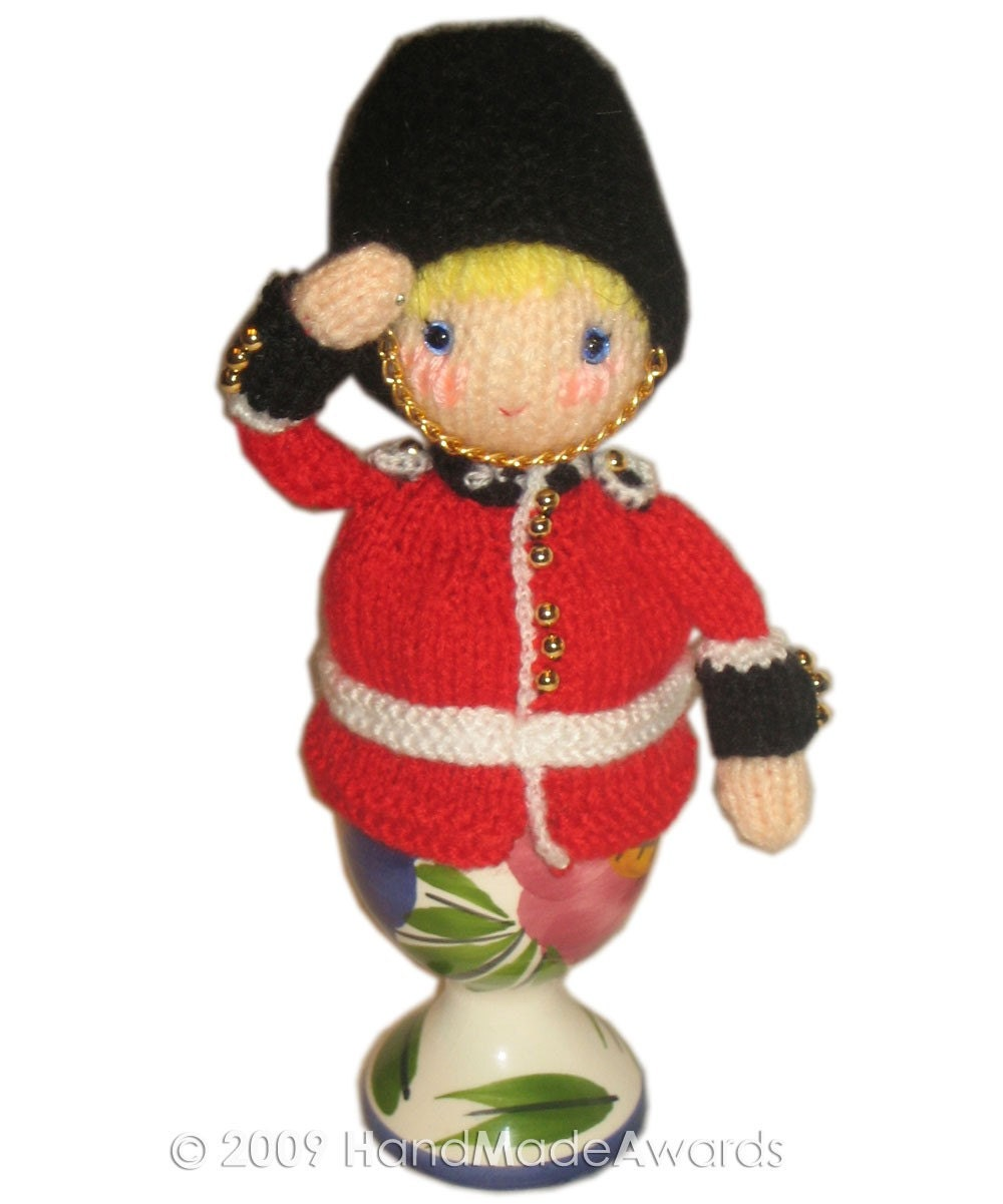 Adorable ROYAL GUARD  from Buckingham Palace EGG Cosy PDF Email KNIT PATTERN