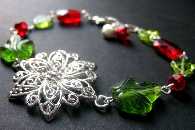 Handmade Holiday Poinsettia Bracelet. Artisan Jewelry by Gilliauna on Etsy