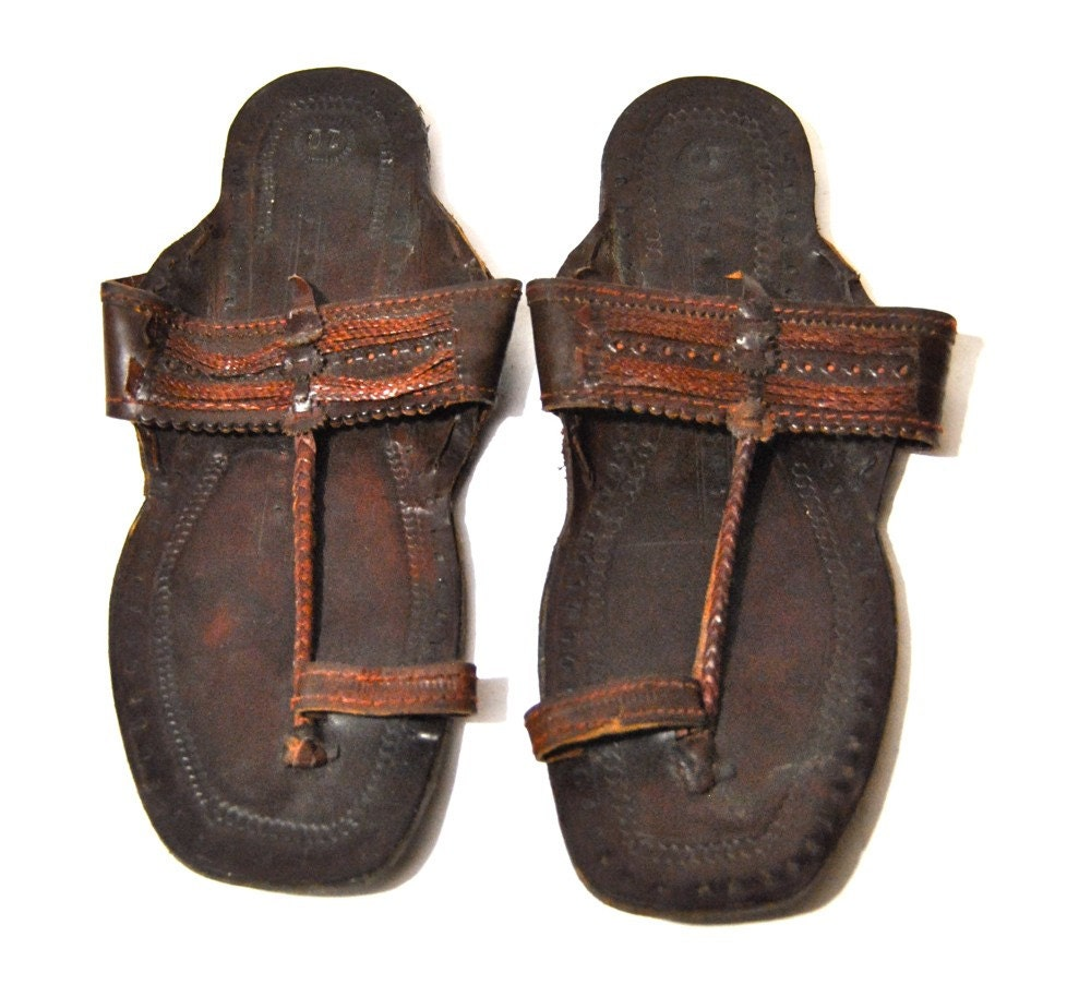 Men's vintage leather embossed Indian sandals by ...
