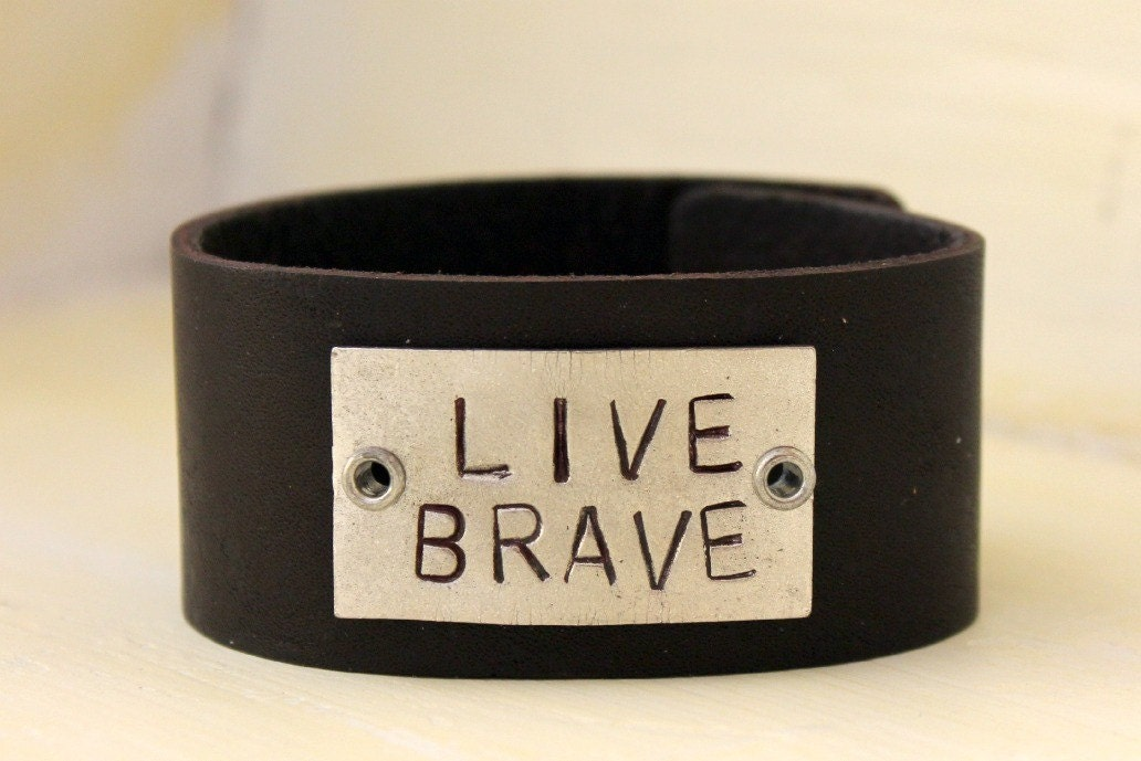 live brave leather cuff