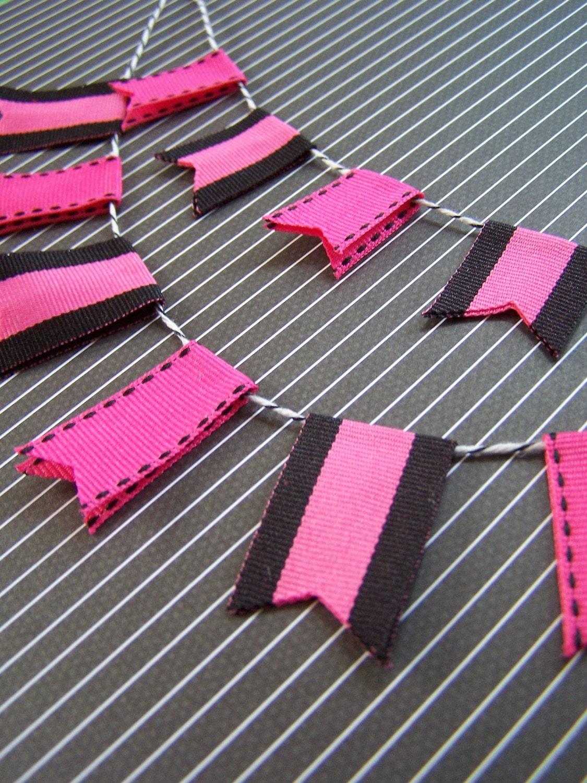 Cake Bunting Set- Black/Pink