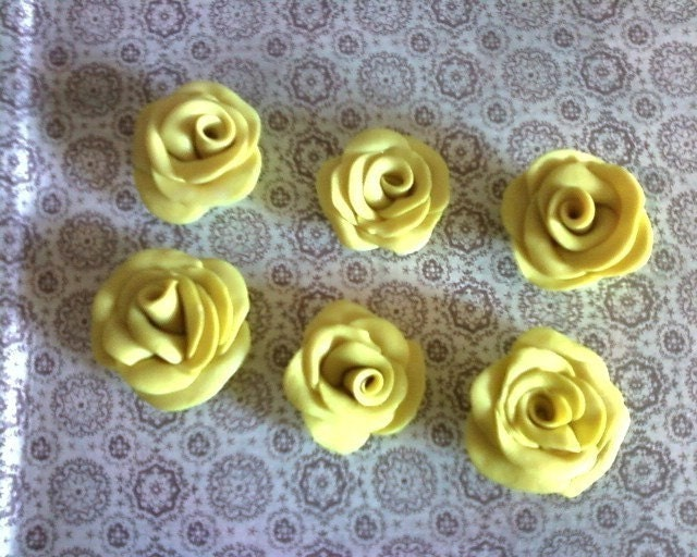 YELLOW SHIMMER POLYMER CLAY ROSES