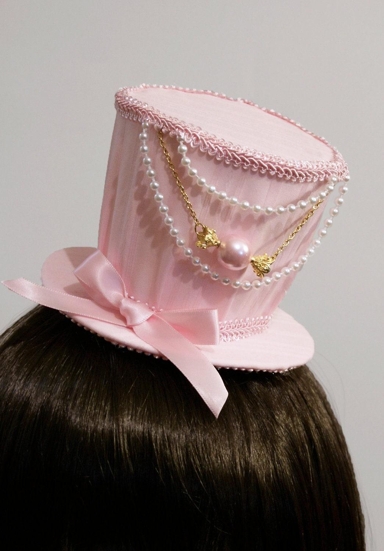 web unos accesorios para el pelo super kawaii y muy cute en http//www.etsy.com/shop/SheenasBellaBows, continuación os pondré unas fotos de productos