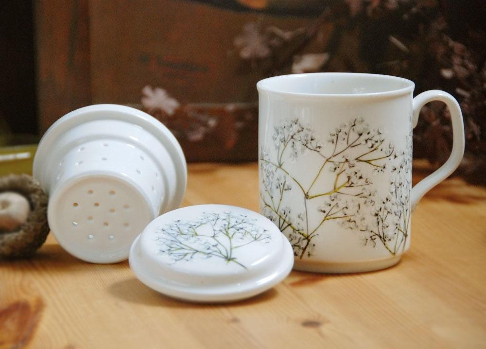 ceramic tea mug with infuser - Babys Breath