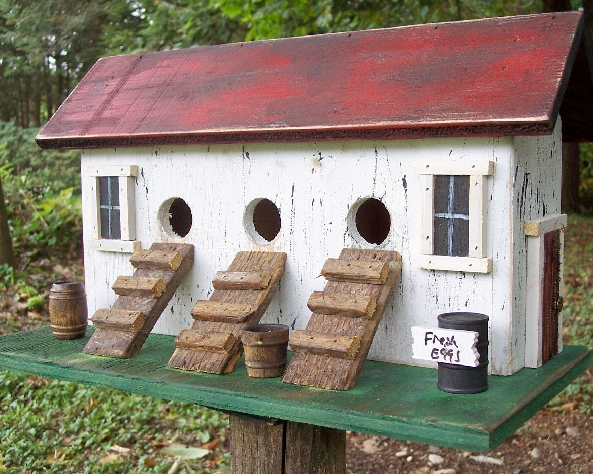 Primitive Chicken Hen House Birdhouse Three Compartment Coop