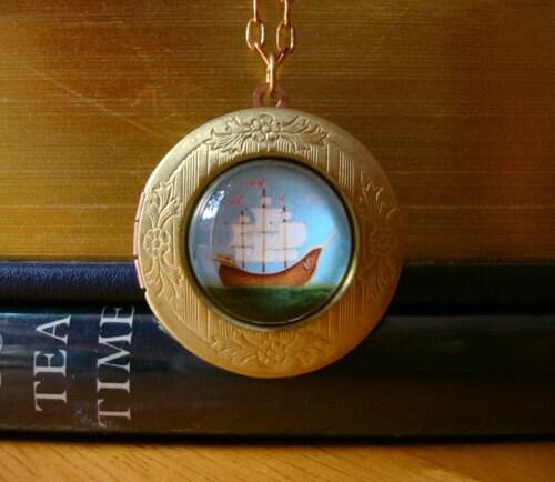 Ladyship locket