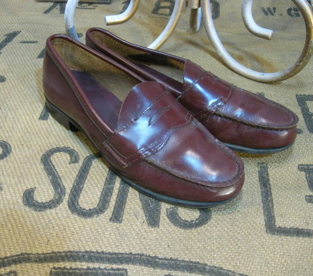 Bass Weejuns  shoes Penny Loafers  Vintage Cordovan  9