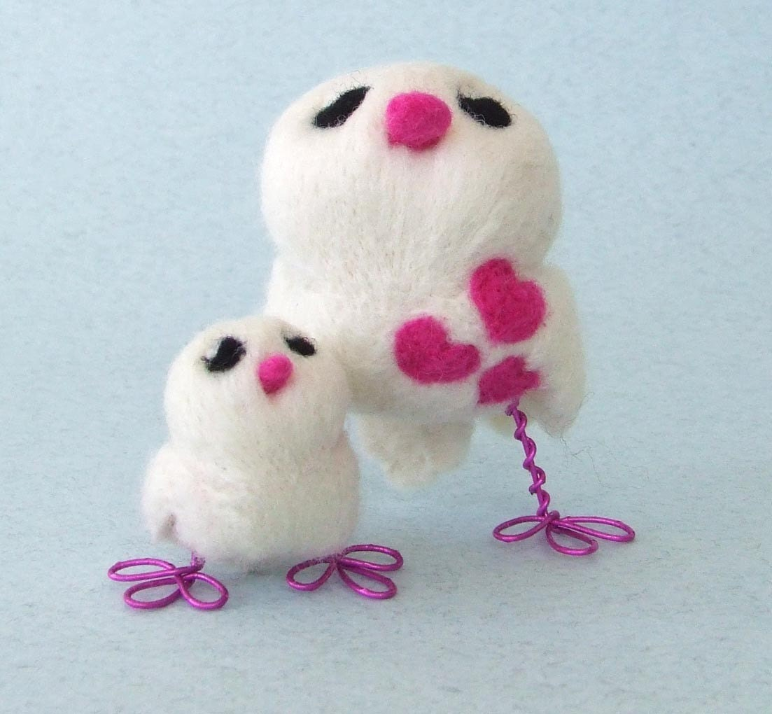 Mama and Baby Tweet Needle Felted White Love Bird Pair in Bright Pink