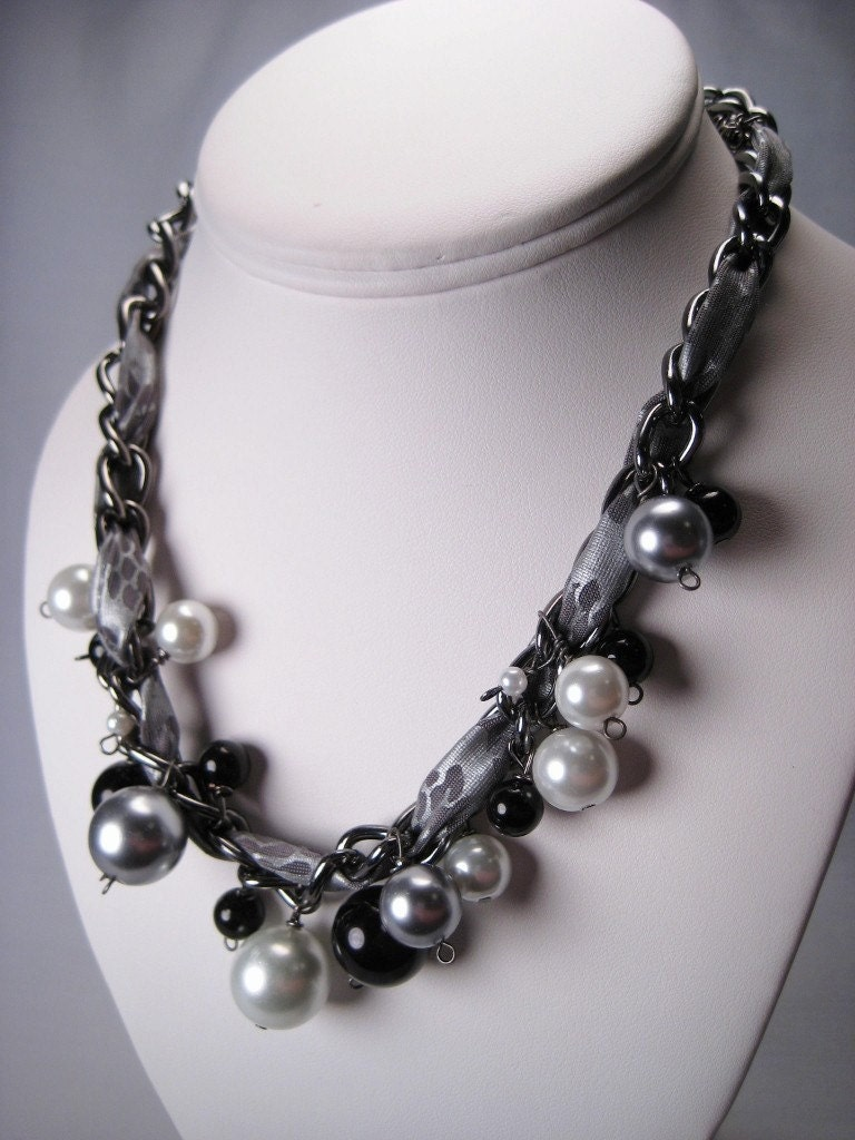 Fabric Woven Chain and Pearl Necklace