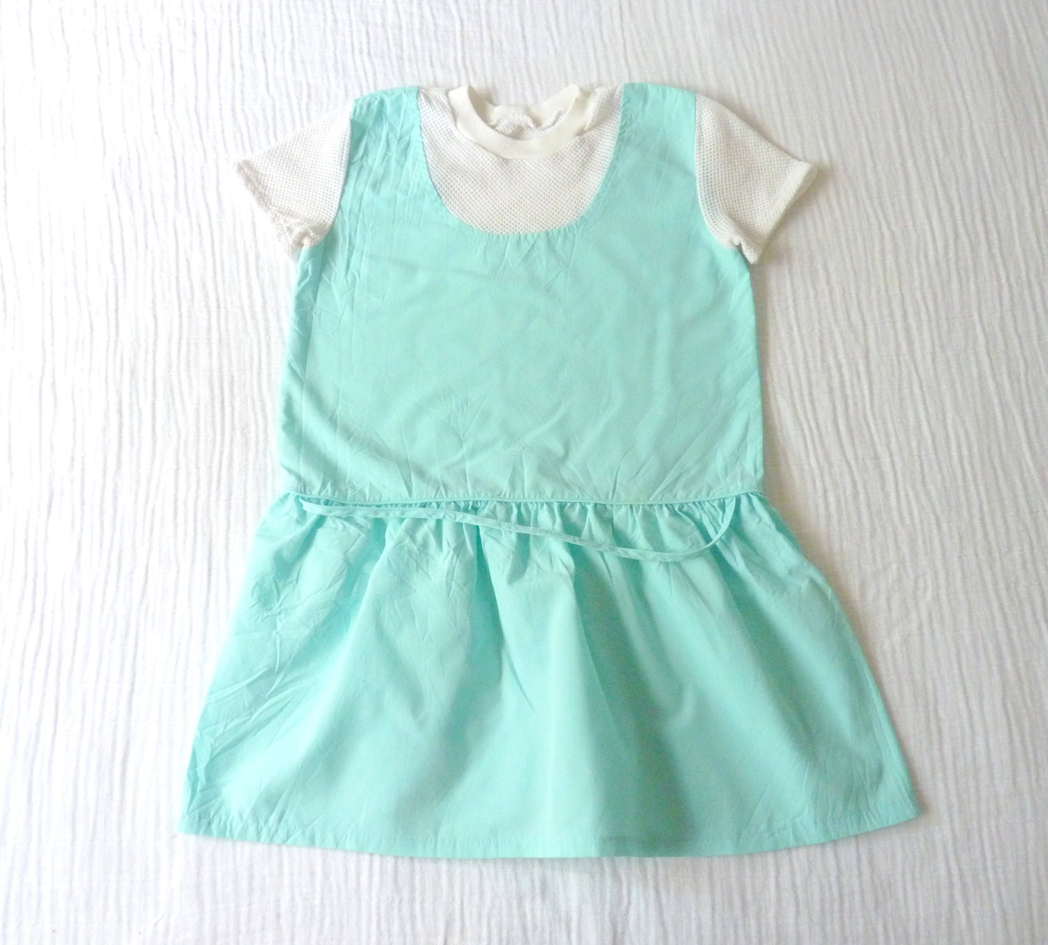 Vintage 80s girls dress, 5T. Aqua/mint green tennis style dress with white mesh. - LazerBabyVintage