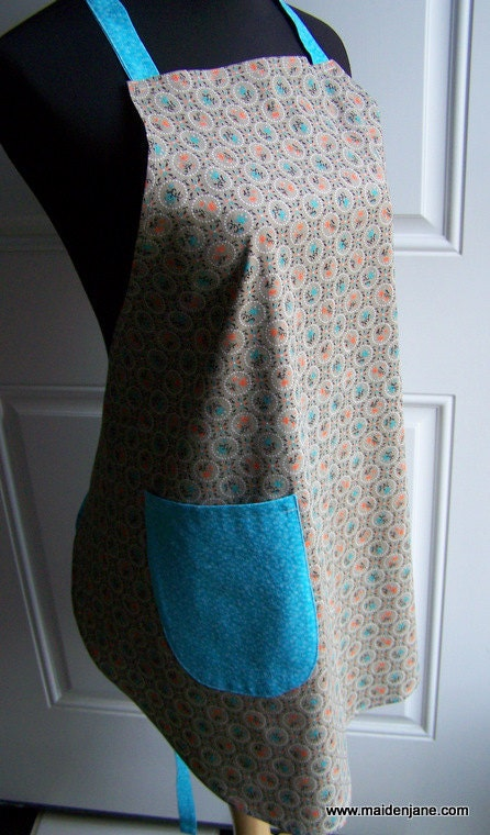 New in the Shop – Vintage Fabric Apron