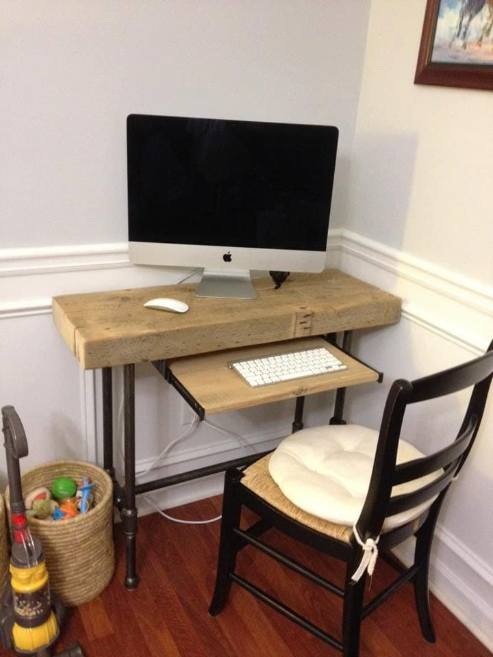 Small Urban Laptop / Computer Desk - Reclaimed Wood w/ Industrial Pipe ...