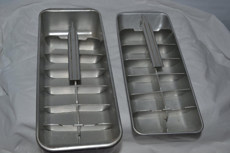 vintage metal ice cube trays set of 2 by grannysbackporchvint. Black Bedroom Furniture Sets. Home Design Ideas