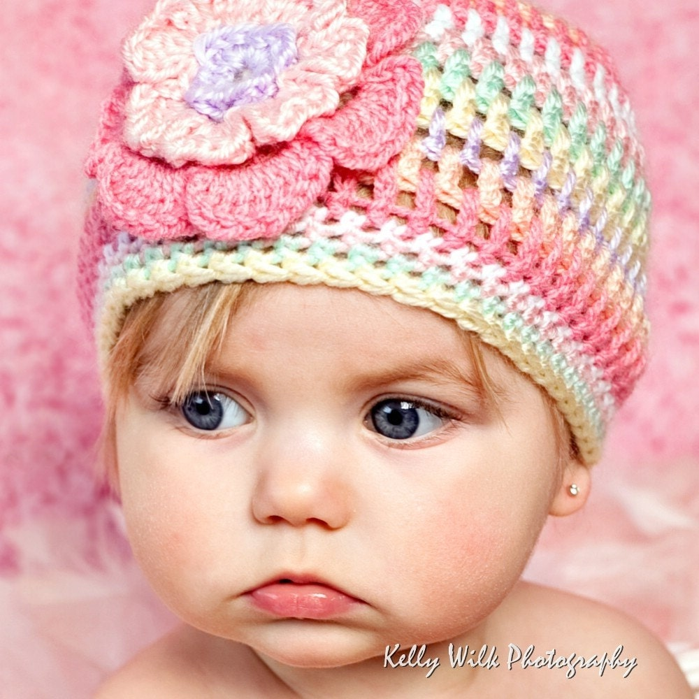 Crochet Pattern Hat Girl : ISO Knitted Flapper Girl hat pattern - CafeMom