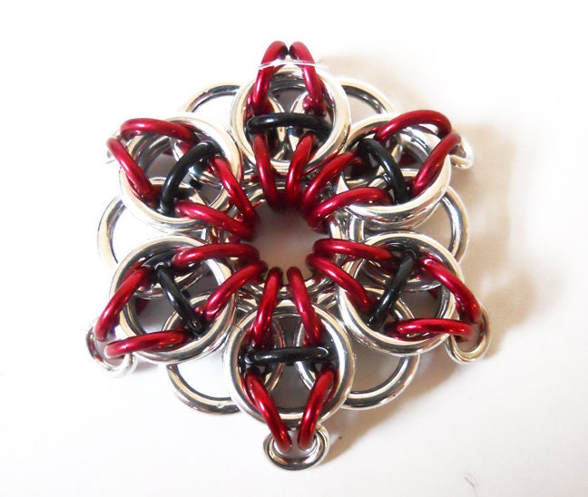 Christmas ornament, Star, Red and black, Chainmaille - DoBatsEatCats