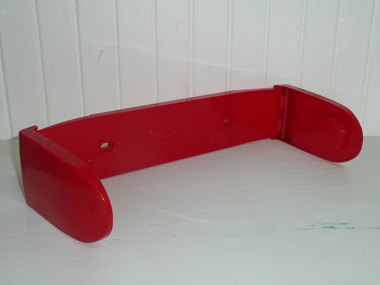 vintage red plastic paper towel holder rack by newlifevintagervs. Black Bedroom Furniture Sets. Home Design Ideas