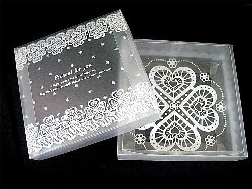 Lace Translucent Plastic Gift Wrapping Box