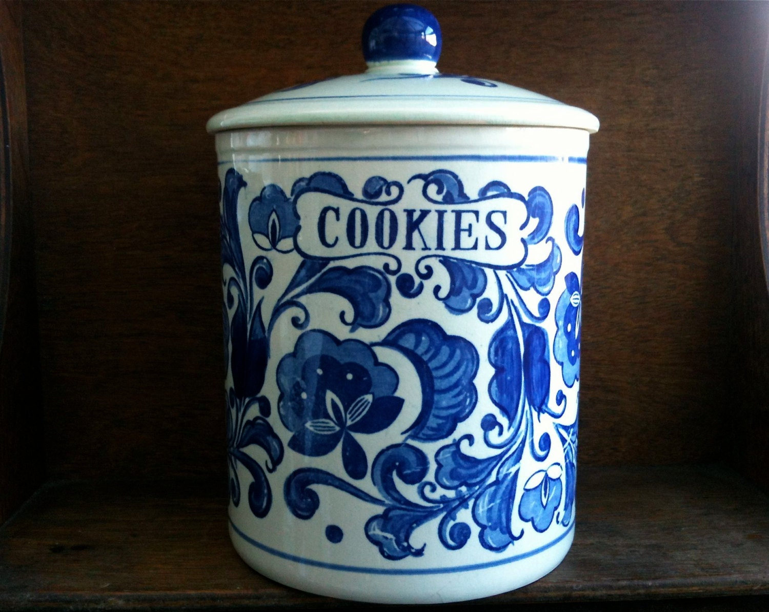 vintage blue and white cookie jar english shop by