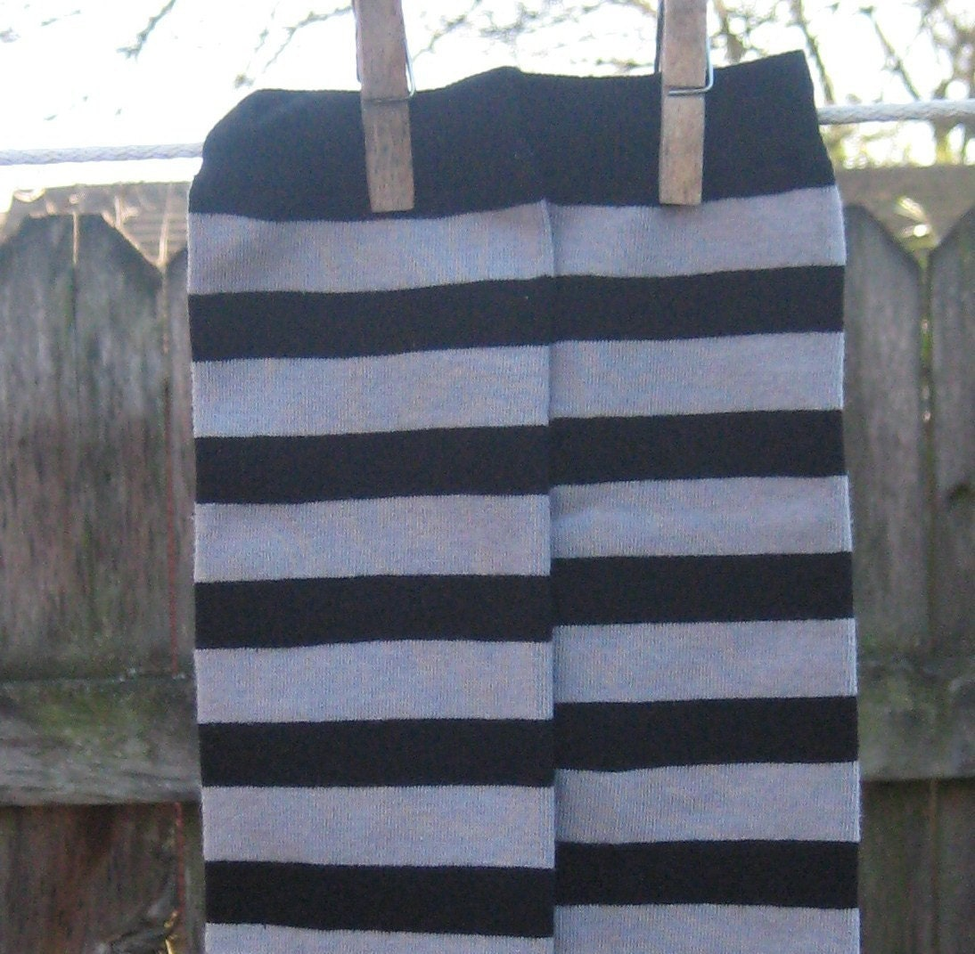 KOOL KID LEGS--GRAY and BLACK STRIPES--