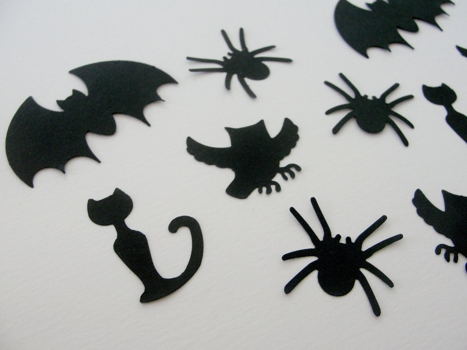Halloween Paper Spider Decorations Photo16 Everyone