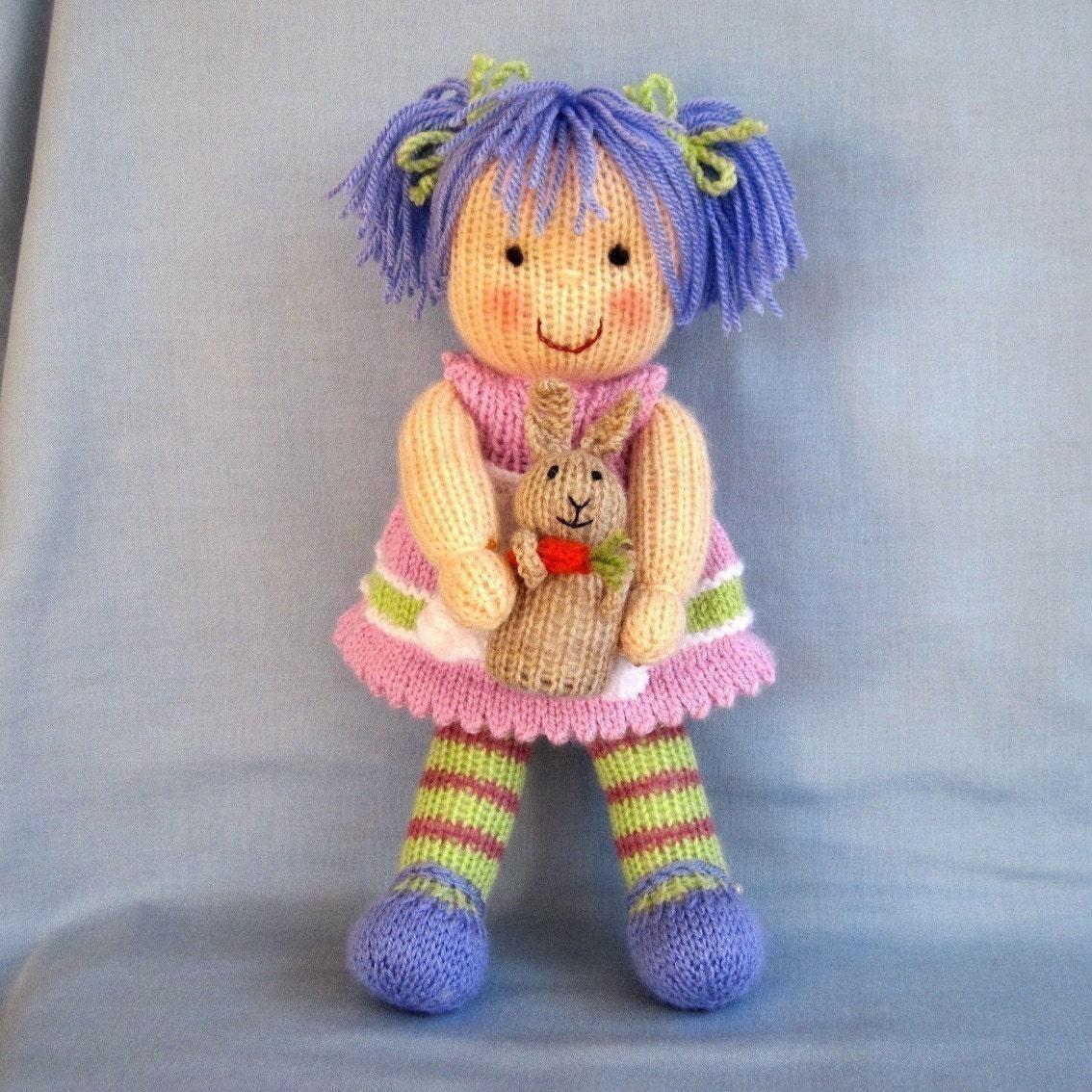 لوسی سنبل و خرگوش او -- عروسک اسباب بازی knitted -- ایمیل اف بافندگی الگوی