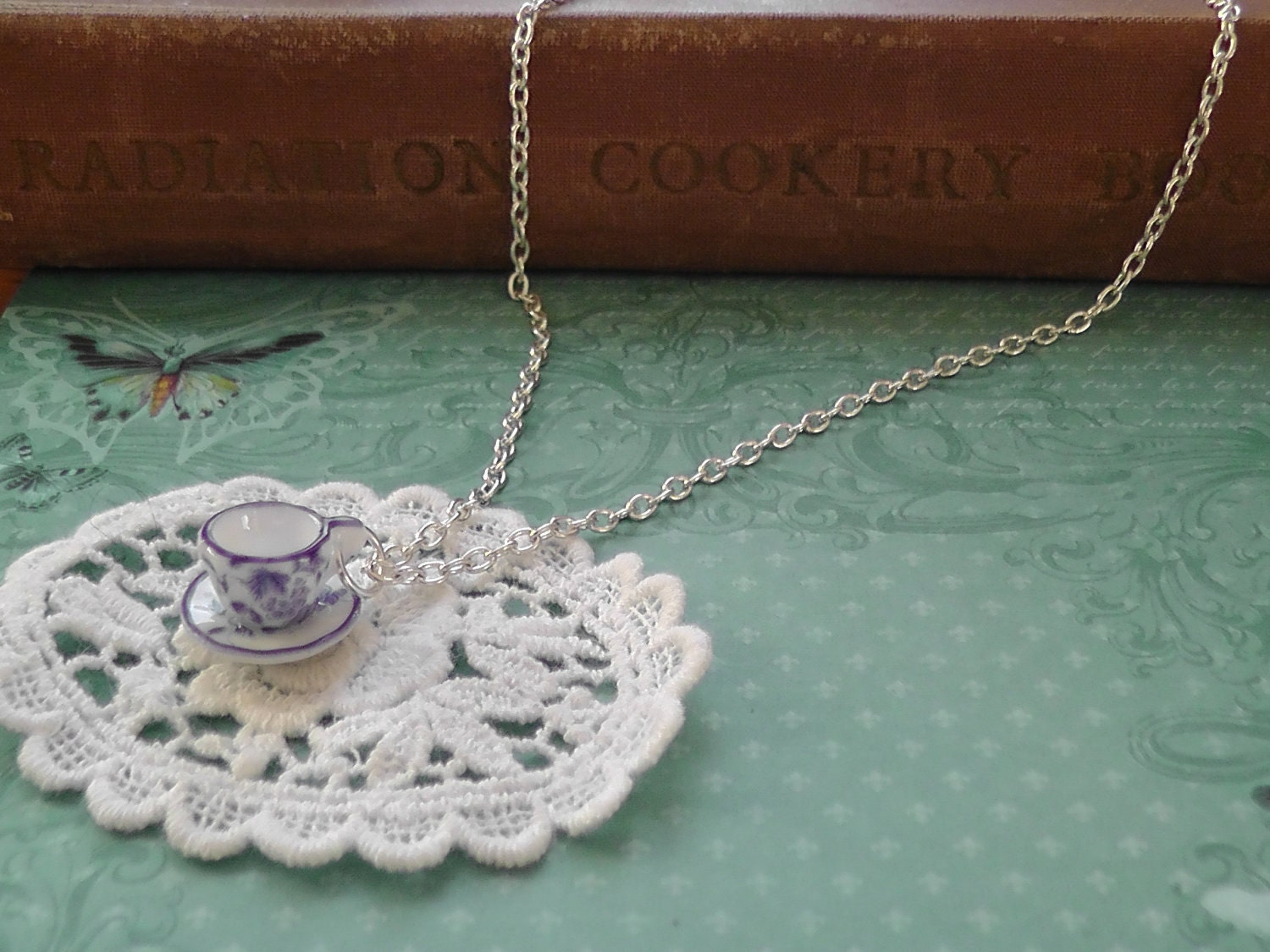 Vintage Teacup Necklace : Oriental Blue / Silver