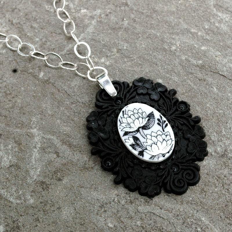 Black French Brocade Broken Plate Necklace