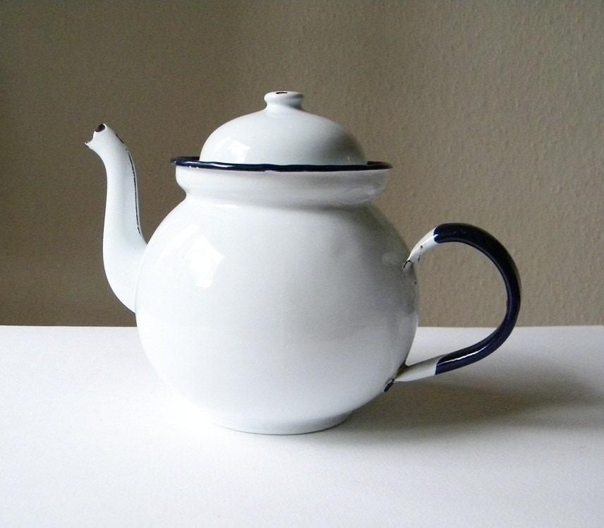 Vintage Enamel Teapot White Teapot By Thehopetree On Etsy