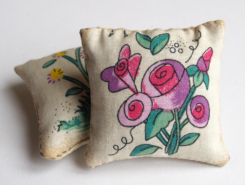 French lavender sachet, vintage floral - chezviolette