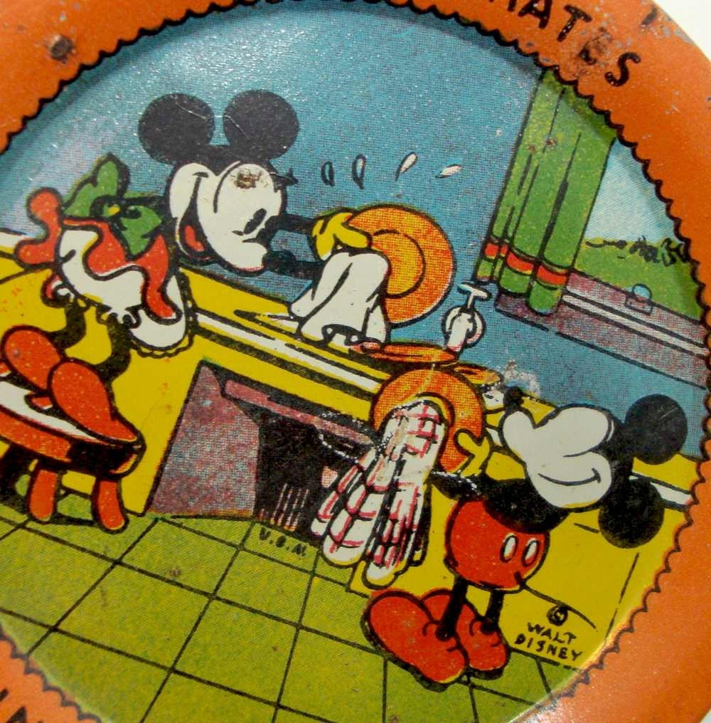 Cake Art Usa : Vintage Mickey Mouse and Minnie Tin Cake Plate by boomerville