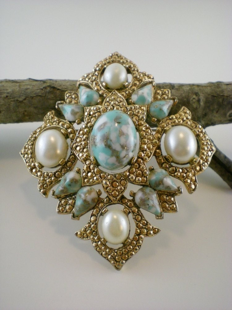 Vintage Sarah Coventry Robin Egg And Pearl Brooch by paleorama from etsy.com
