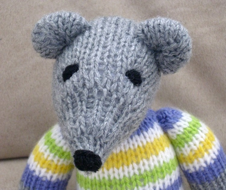 Items similar to Mr. Mouse - pdf knitting pattern on Etsy