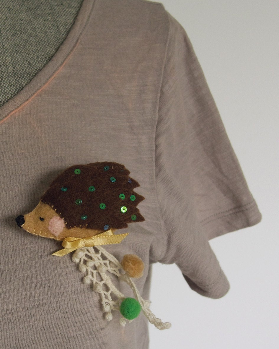 Trippy Spiky - Brooch