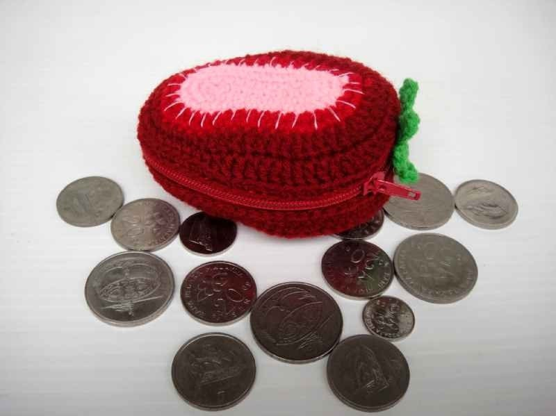 Crochet Fruit Purse - STRAWBERRY