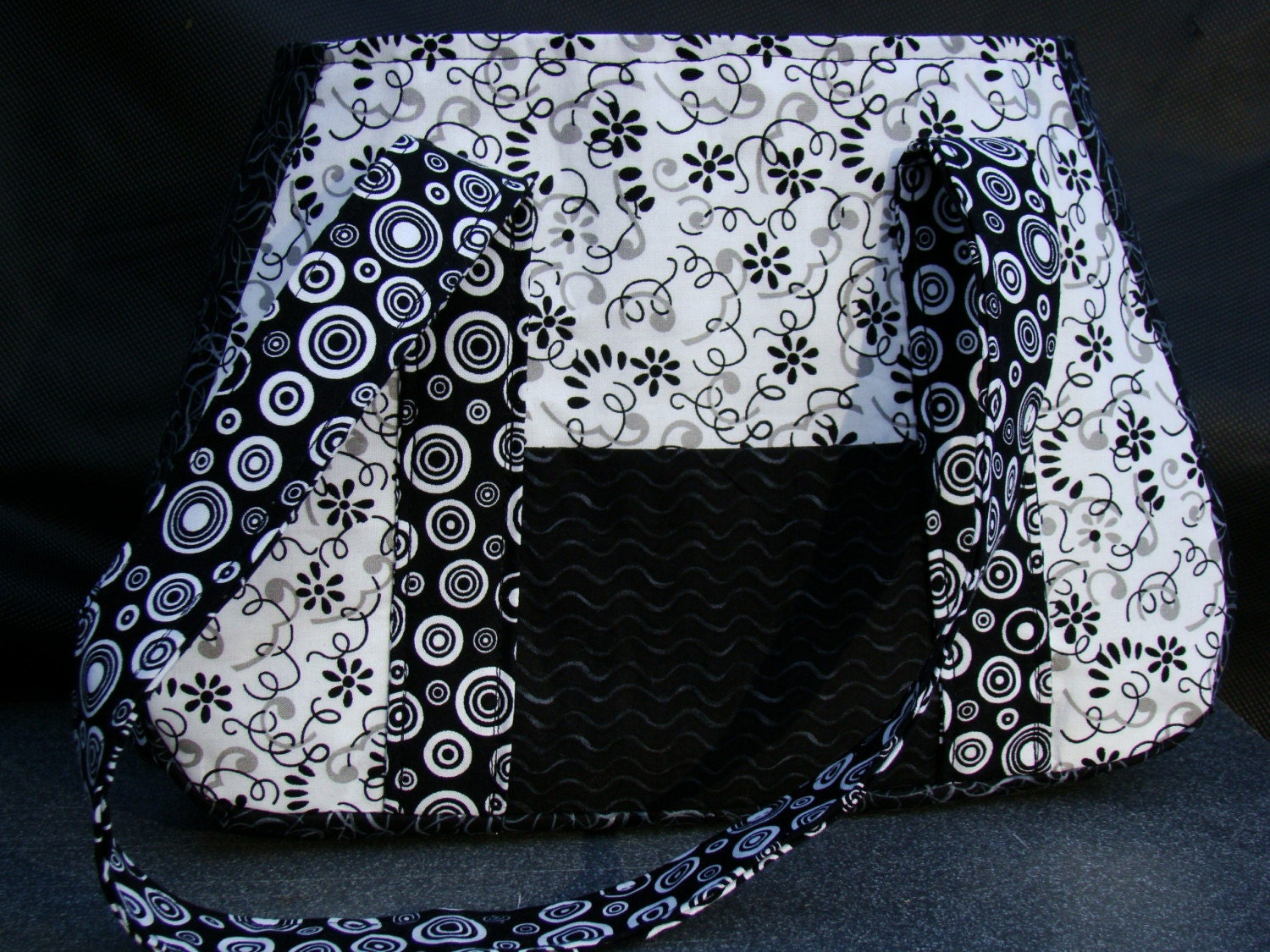 Black and White Small Lauren Purse