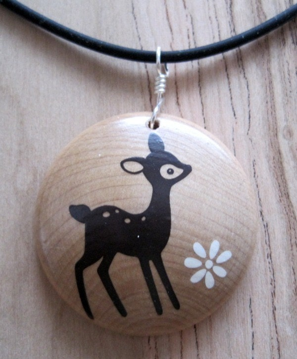 What a deer...Maple Wood Pendant...I am a KIVA loaner