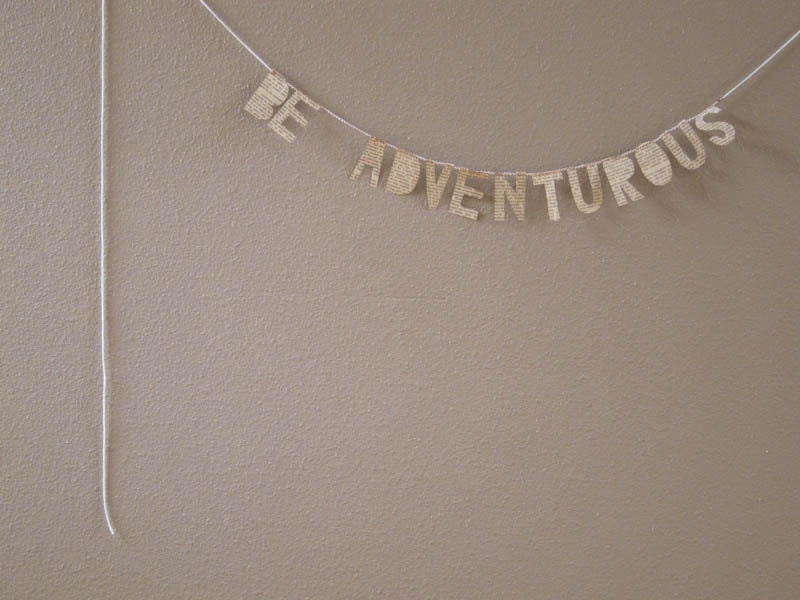 BE ADVENTUROUS paper banner - cucuco