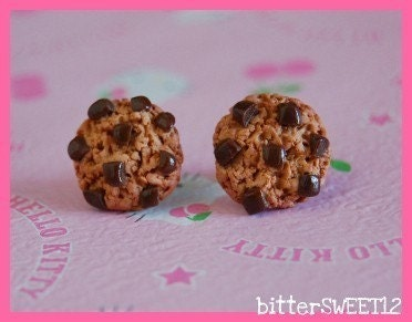 Chunky Chip Cookie Studs