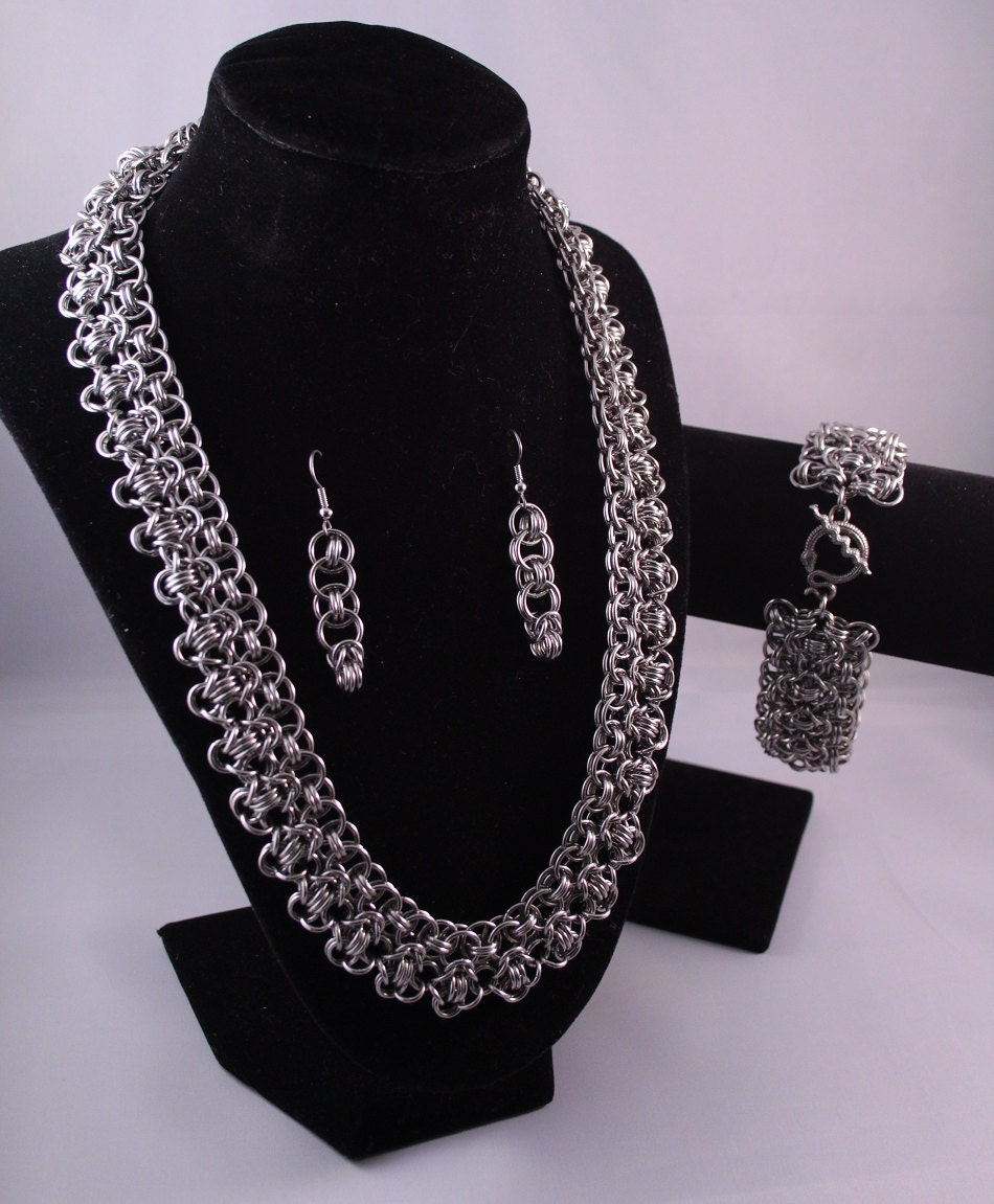 Intricate Chainmail Necklace, Made to Order