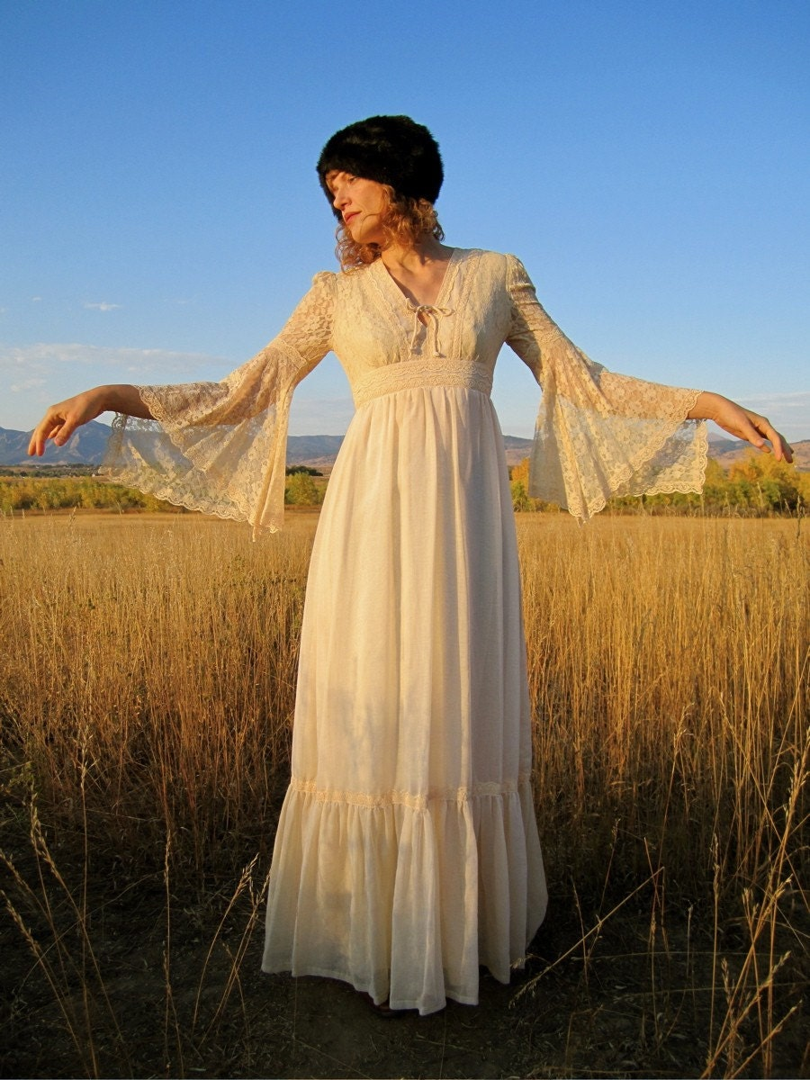 WHITE CHALK Celtic Princess 1970s Maxi Dress
